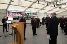 Bürgermeister Reinhard Deutsch nimmt die Ernennungen bzw. Angelobungen der neuen Funktionäre vor_1